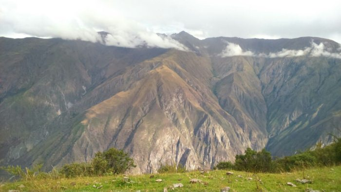 Hiking to the Condor Viewpoint of Chonta - Andean Spirit Lodge